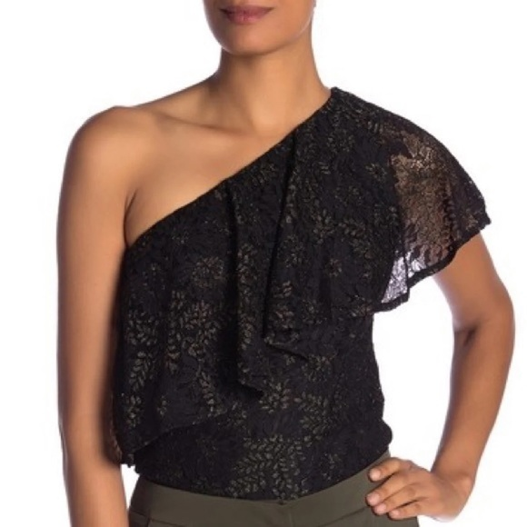 NWT Lace Ruffle Top